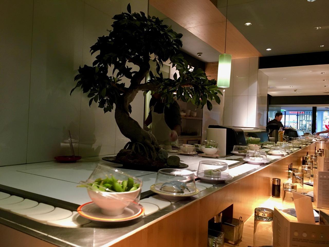 Restaurant japonais sushis bar dans Paris 7ème